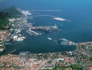 Vista panoramica Puerto Bilbao 2
