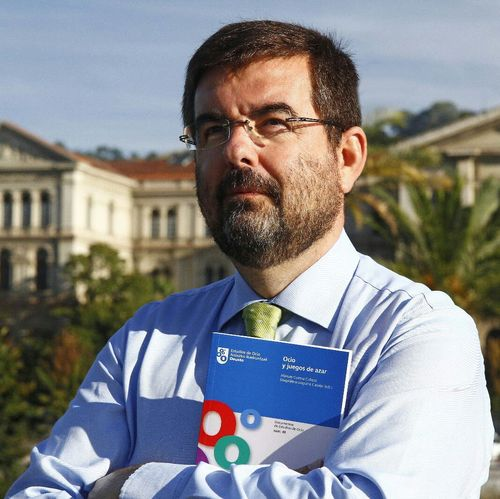 Roberto San Salvador Del Valle