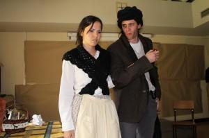 Estudiantes del grado en Lenguas Modernas representan una obra teatral durante la Semana de las Lenguas.