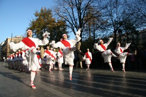 Basque_dancers_01