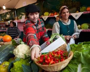 21-12-2012 Foto: Manuel+Diaz+de+Rada Bilbao+Bilbo, Vizcaya+Bizkaia Feria de Santo Tomas Puesto de verduras