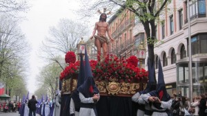 procesion-Santo-Entierro-Pasion-Cristo_573853406_94789937_667x375
