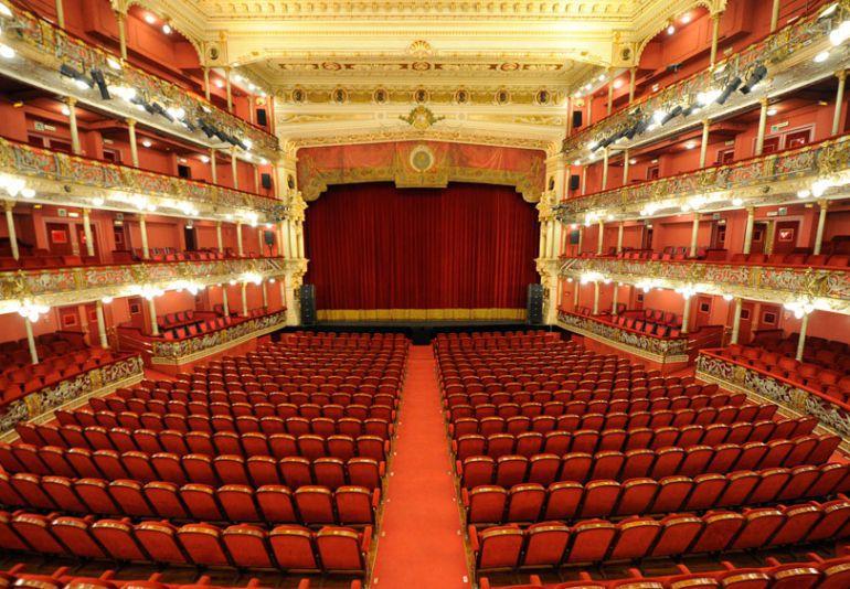 La imagen tiene un atributo ALT vacío; su nombre de archivo es Teatro-Arriaga.jpg