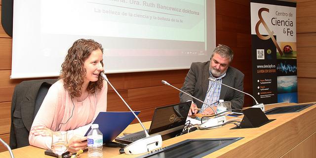 Ruth Bancewisz en DeustoForum