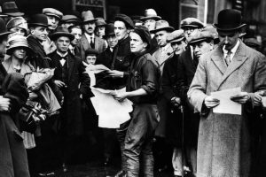 Una opinión pública vulnerable en tiempos de crisis: paralelismos con los años 30