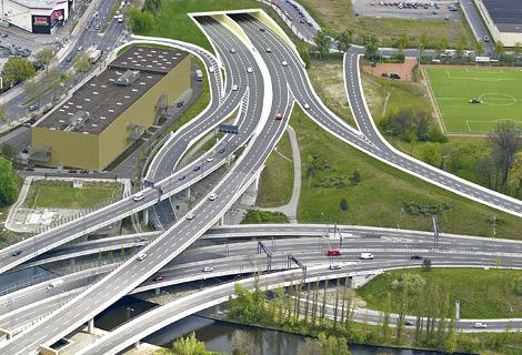 Vista aérea de autopistas alemanas.