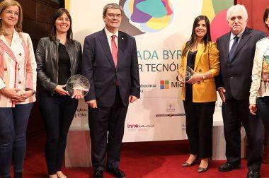Deusto entrega el premio Ada Byron a las mujeres tecnólogas Concha Monje y Ana María Freire